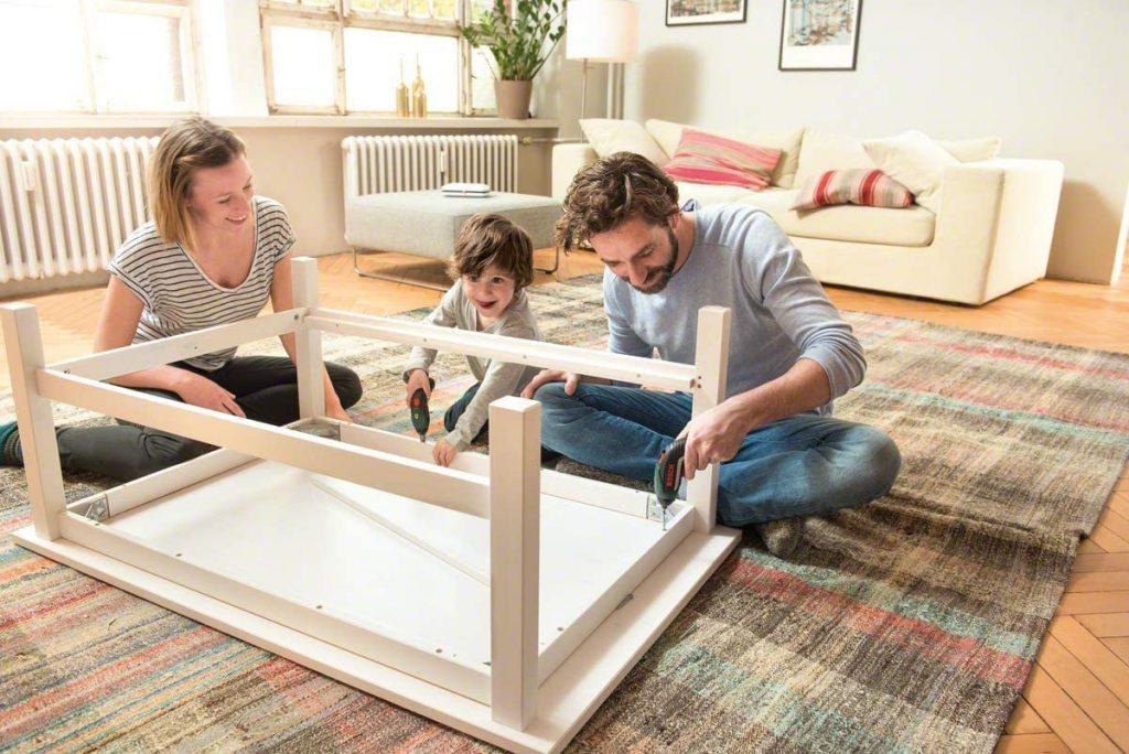 montar un mueble nunca fue tan fácil gracias a IXO de Bosch