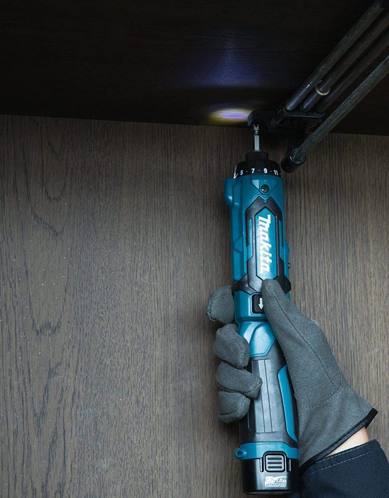 DF012DSE MAKITA atornillador electrico con luz LED