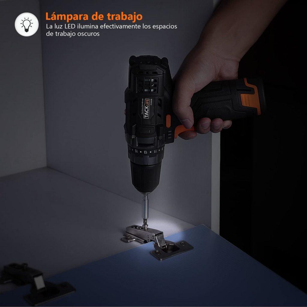 Taladro atornillador con luz LED tacklife pcd03b